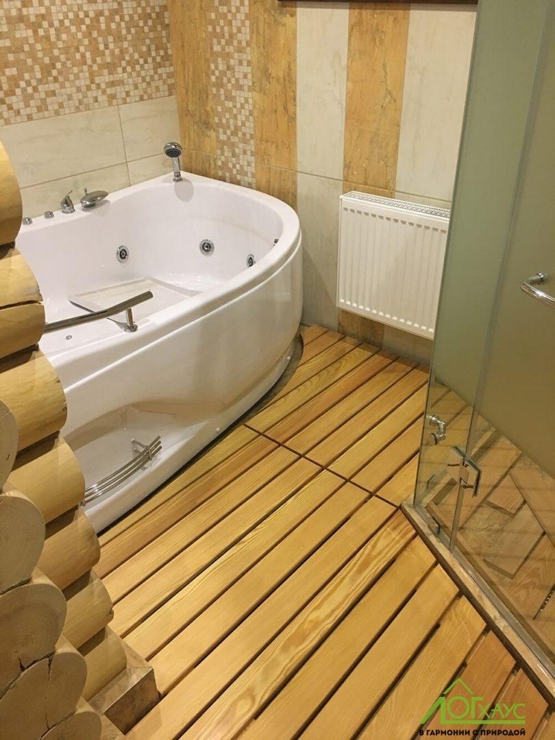 Монтаж ванны в бане из ОЦБ