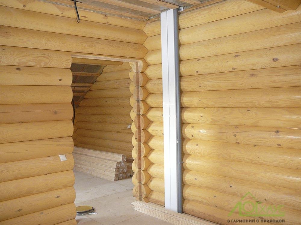 Монтаж вентиляции в доме из бревна