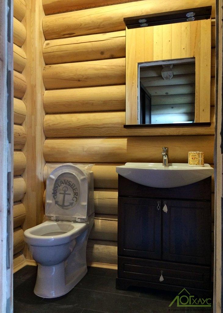 Установка сантехники бани из бревна