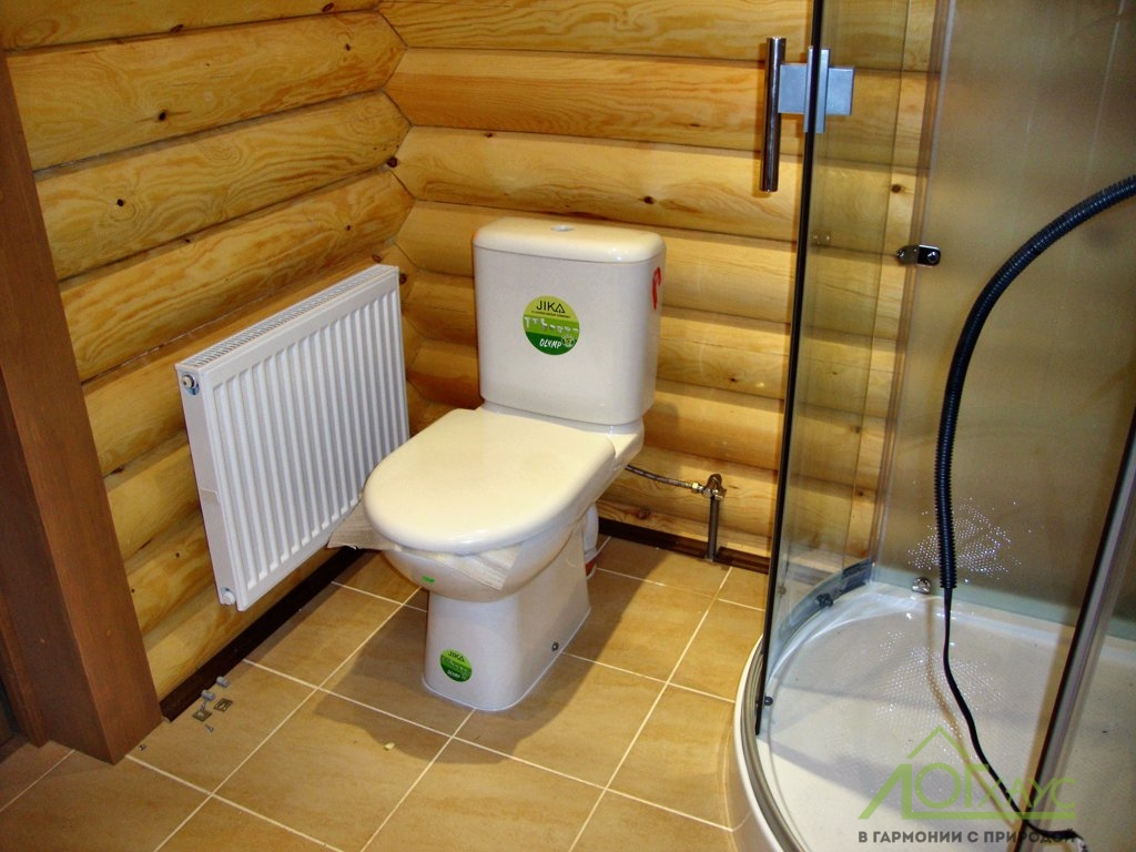 Монтаж сантехники в бревенчатой бане