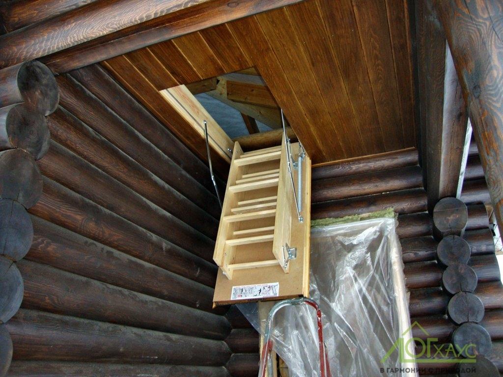 Доступ на чердак в деревянной бане