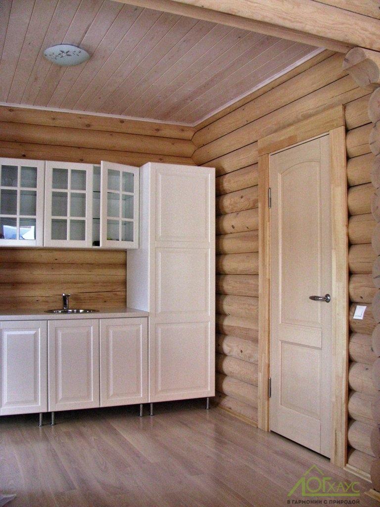 Комната отдыха с небольшой кухней
