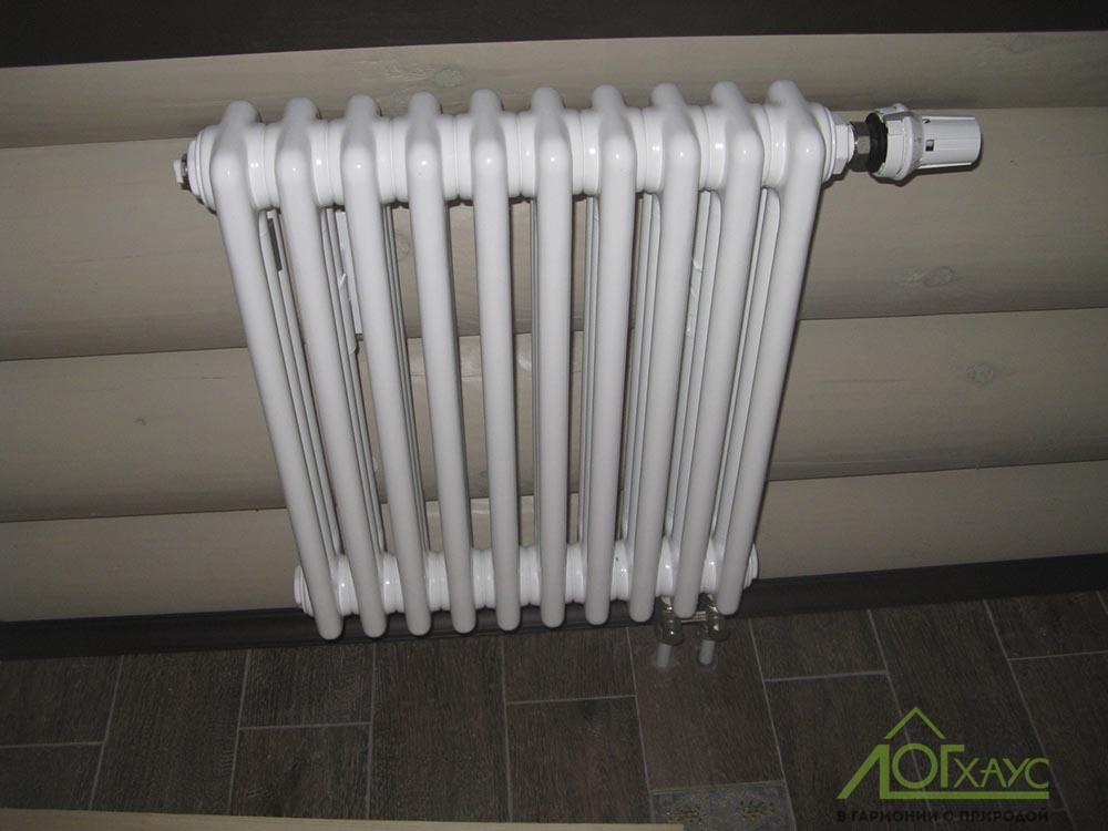 Установка радиаторов отопления в деревянном доме