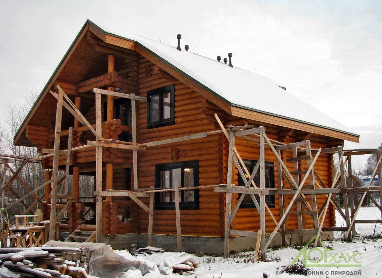 Строительство загородного дома из бревна для постоянного проживания