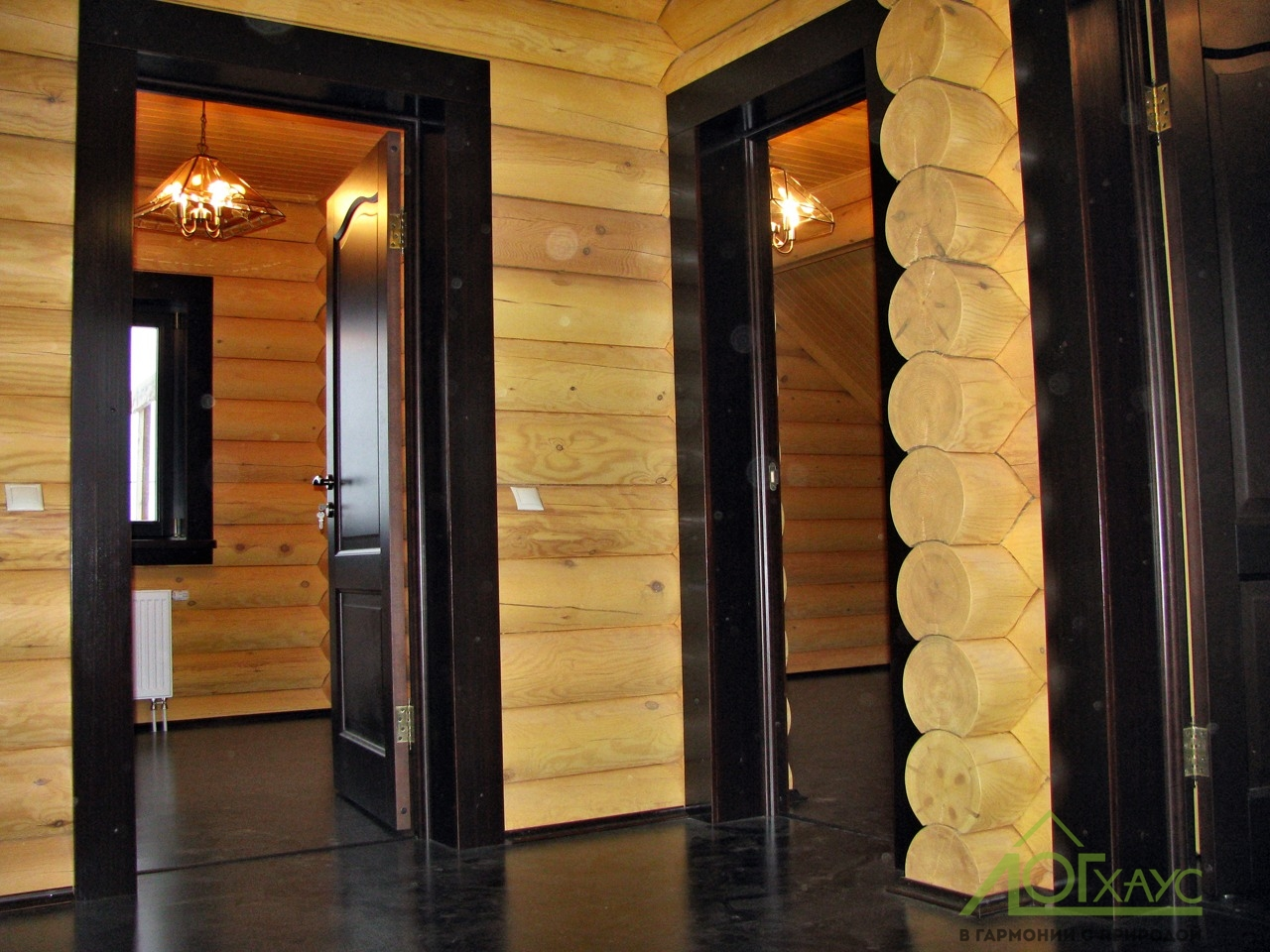 Установка межкомнатных дверей в доме из бревна