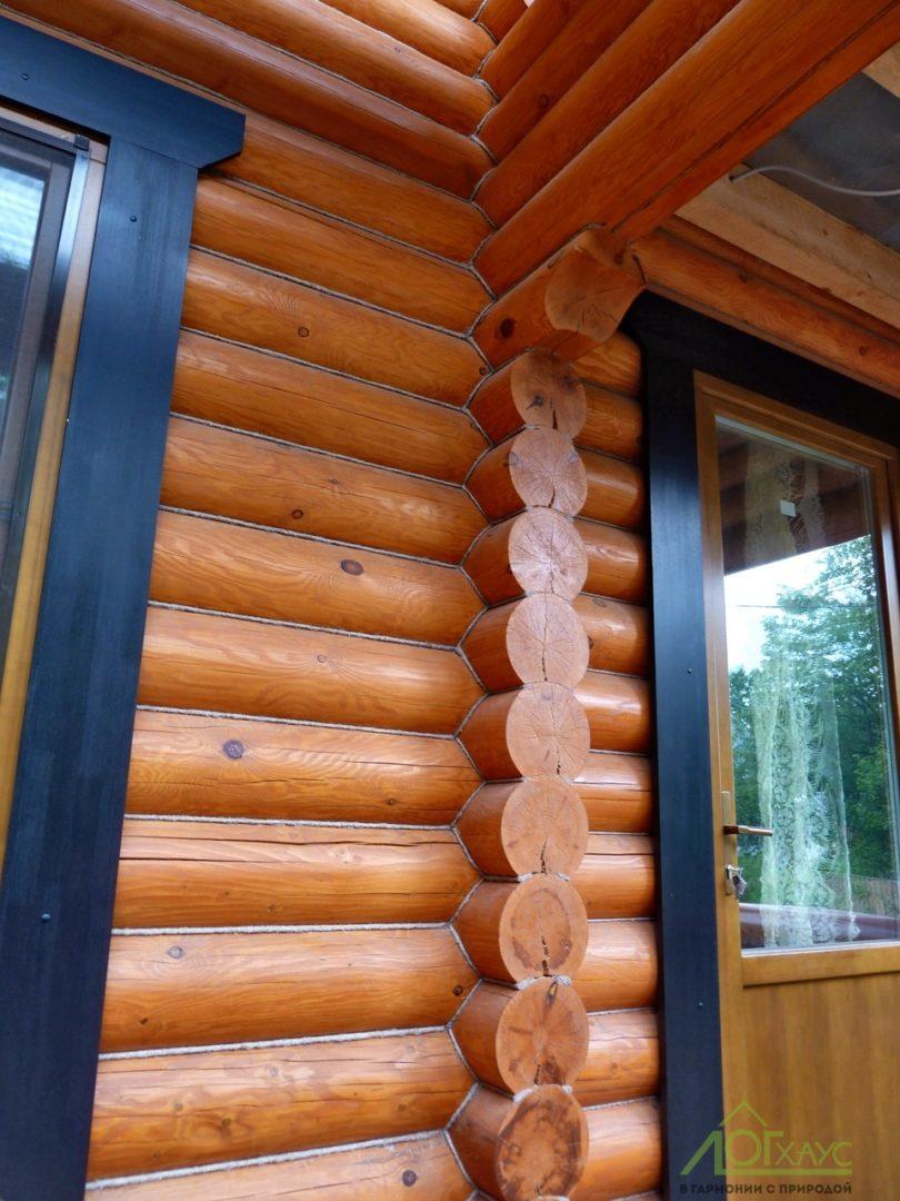 Наружная конопатка бревенчатого сруба дома
