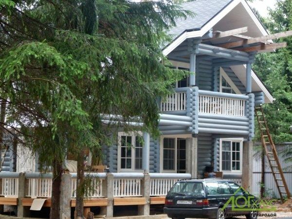 Загородный дом из оцилиндрованного бруса