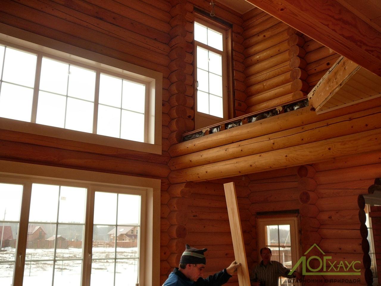 Внутренняя отделка дома из оцилиндрованного бруса