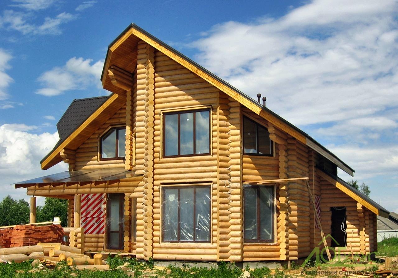 Шлифовка и покраска брусового дома
