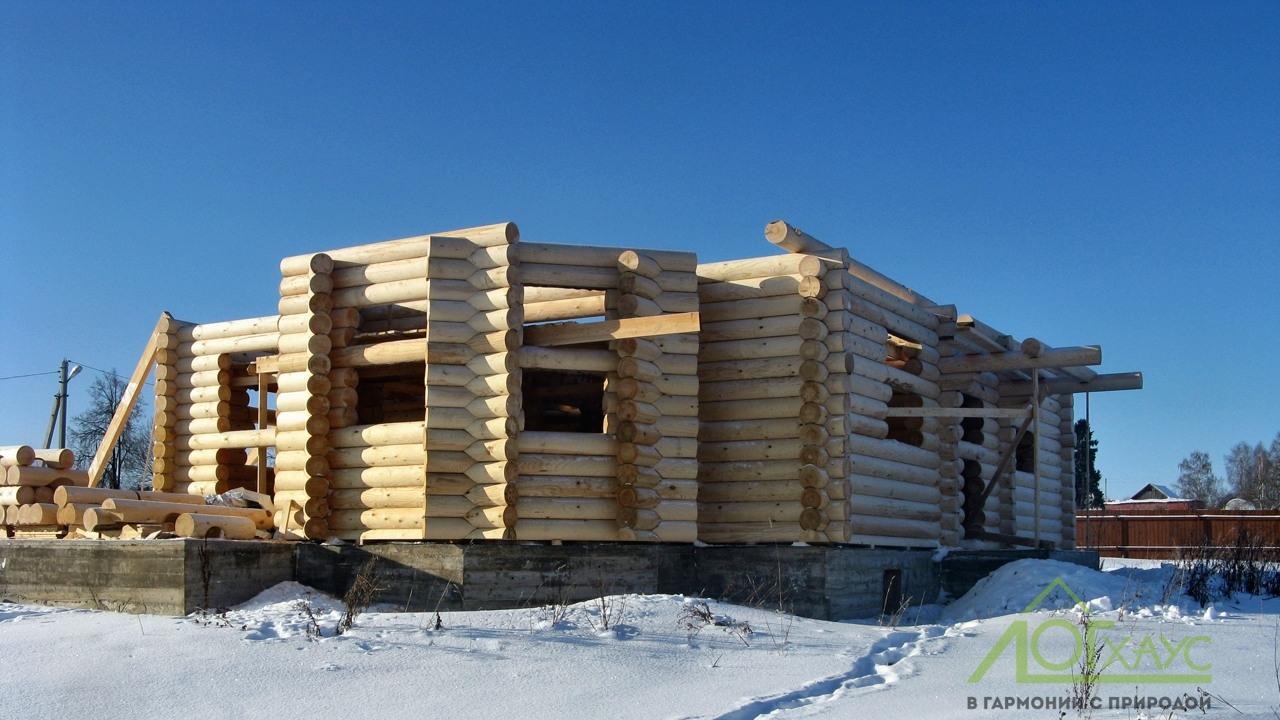 Возведение стен деревянного дома из бревна