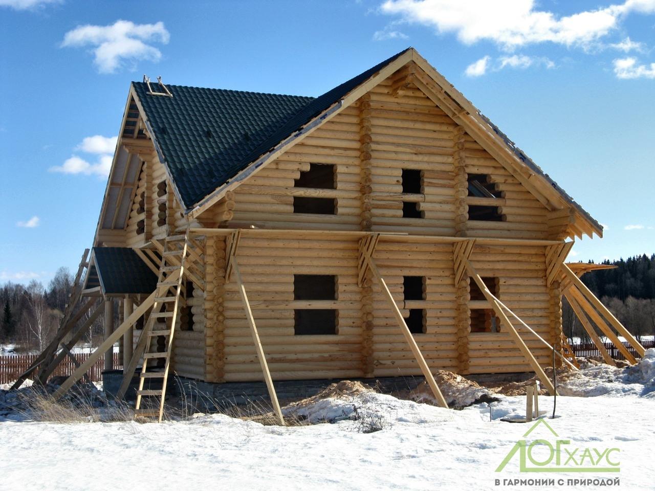 Монтаж коробки бревенчатого дома