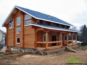 Дом из бревна по индивидуальному проекту