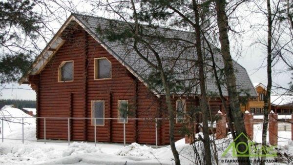Отделка дома из бревна