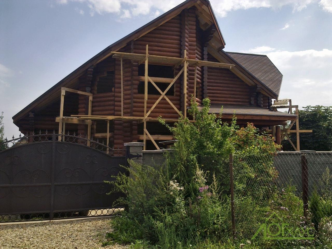Шлифовка с покраской дома из бруса