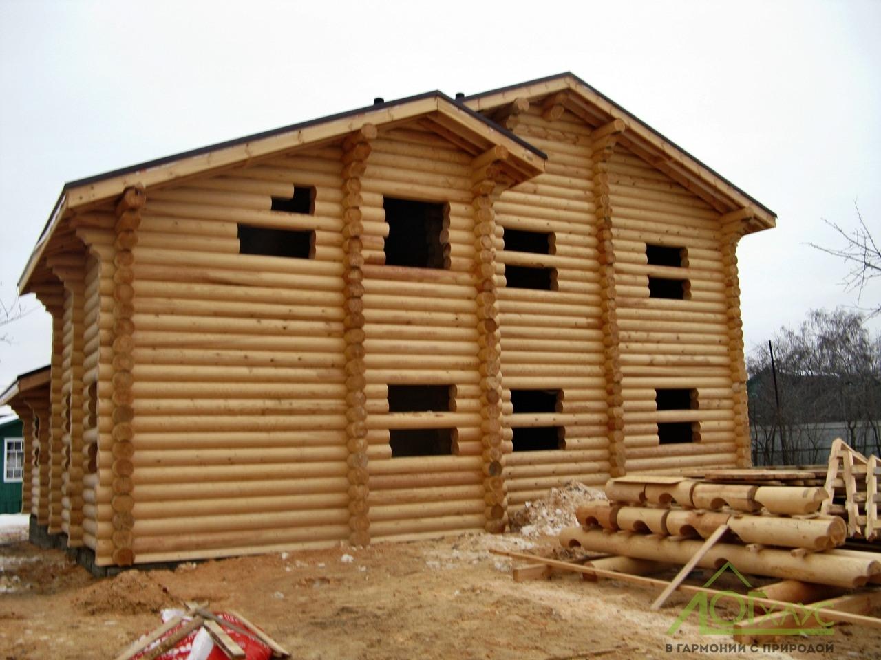 Дом из бревна построенный на заказ