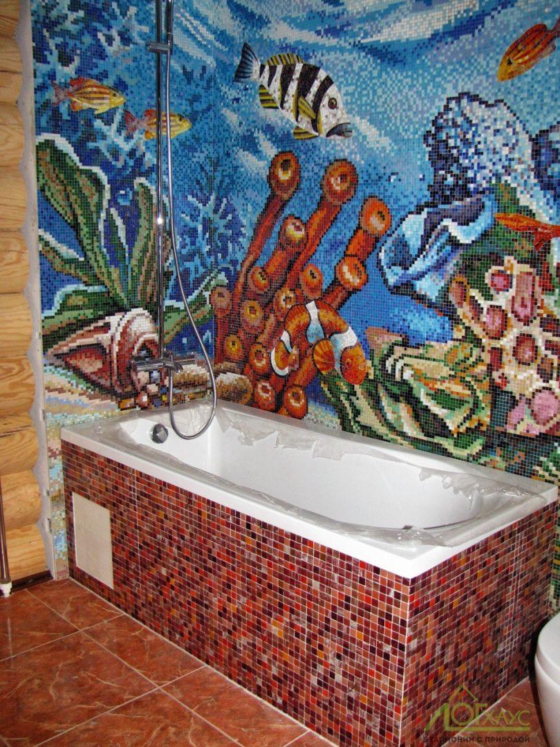 Установка экрана ванной в бревенчатом доме