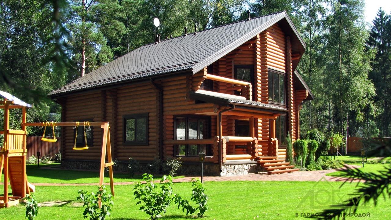 Дом из бревна 300 квадратных метров