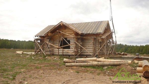Дом рубленный вручную