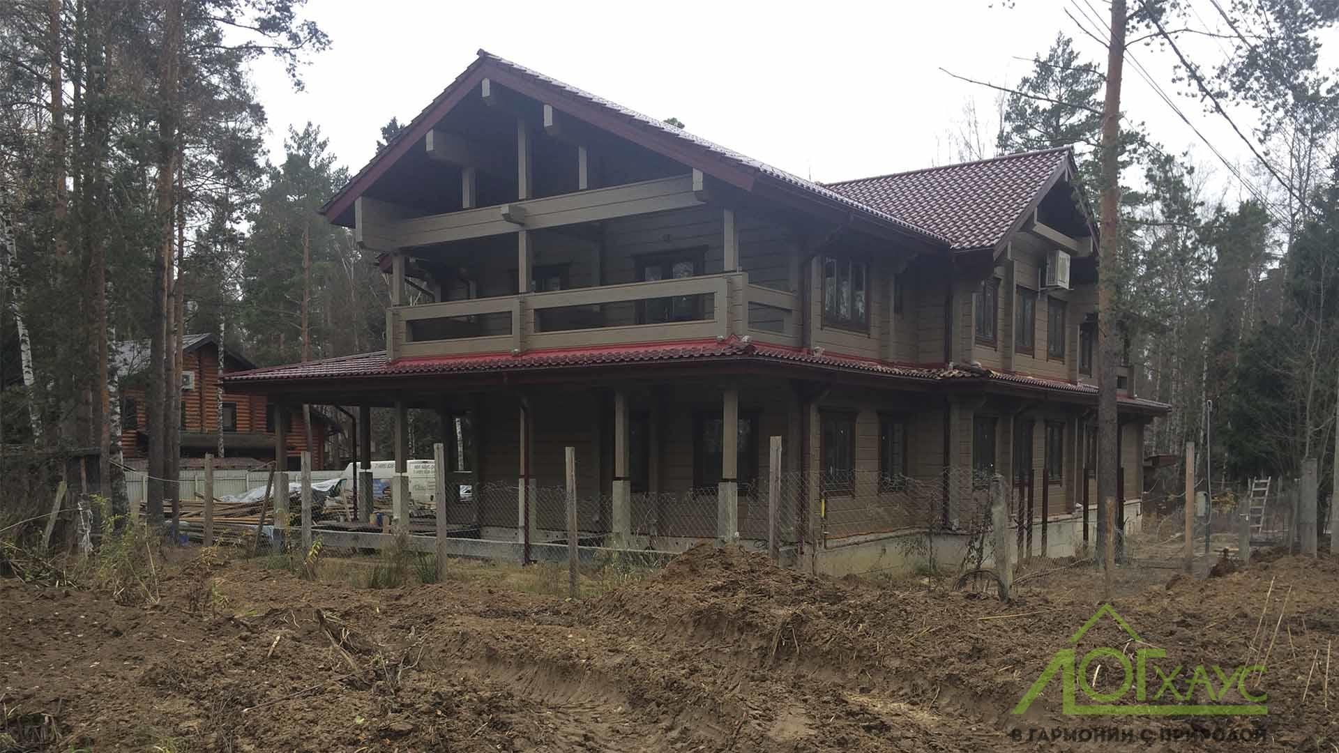 Двухэтажный дом из клееного бруса