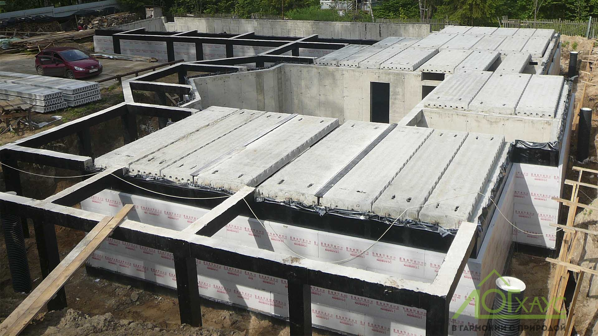 Установка перекрытий цокольного этажа